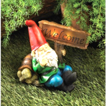 Welcome Gnome Solar Statue - $28.90