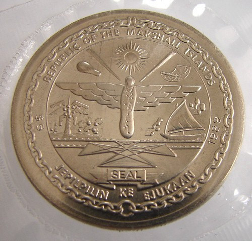MARSHALL ISLANDS COIN 5 Dollars commemorative 20th anniversary of first man on t