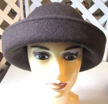 Rare Samantha Taylor Brown 100% Wool Hat Cloche Bucket - $23.73 CAD
