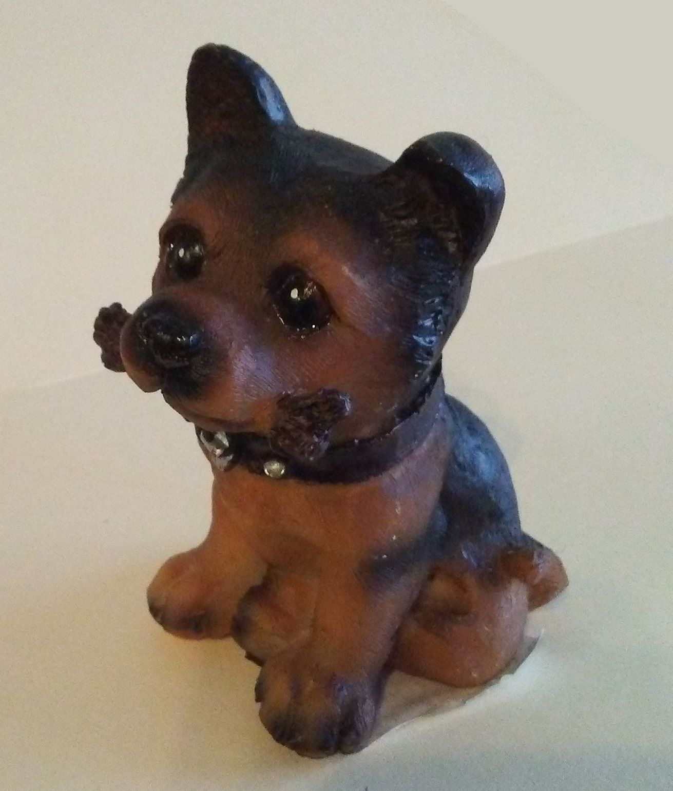 """BROWN DOG FIGURINE with removable Welcome Sign and Bone Puppy Resin 3.5"""" NEW"""
