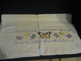 """Pair of Vintage Hand Embroidered Pillowcases Butterflies Butterfly  25"""" ... - $28.04"""