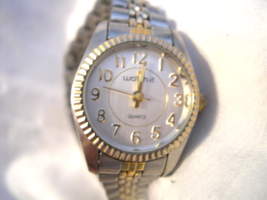 L14, Watch-It, Ladies Adj.  Bracelet Watch, Two Tone, Silver Tone Face  w/b - $15.87