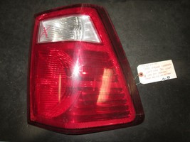 07 08 09 10 Jeep Grand Cherokee Left Sdie Tail Light See Pic Broken Piece - $15.84