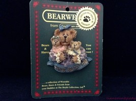 Boyds Bears Bearwear Pin Brooch Worlds Bestest Mom 82528 EUC dated 2000 FR SHP - $9.84