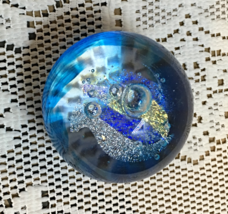 Vintage Art Glass Controlled Bubble Blue Round PAPER WEIGHT Blown Glass - $10.50