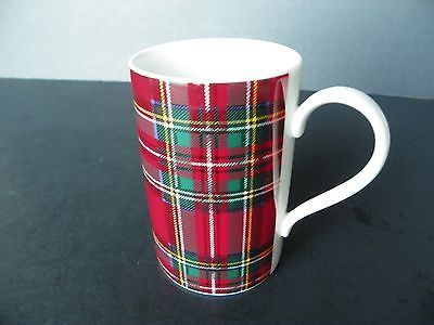 "DUNOON STONEWARE ""HUNTING BARCLAY"" TARTAN DESIGN RED MUG - GREAT CONDITION!"