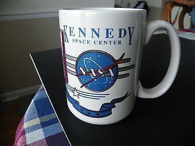 Kennedy Space Center NASA APOLLO SHUTTLE Coffee Mug Red ...