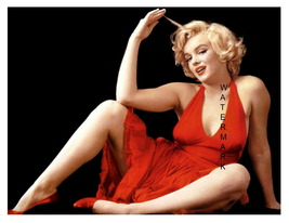 Marilyn Monroe Vintage in Red 11 x 8.5 inch Beautiful Pinup Giclee CANVA... - $14.95