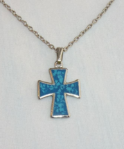 Vintage Maltese Cross Pendant Necklace Simulated Turquoise Silvertone Metal - $4.95
