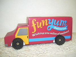 HALLMARK TRUCK GIFT BOX FUN YUM CARDBOARD W/ TURNING WHEELS - $12.64