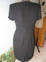 Donna Morgan Petites Sheer Back Short Sleeve Cocktail Black Dress SZ 8 - $41.57