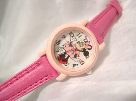 """C04, Minnie Mouse, Ladies, Girls Watch, 7.5"""" Hot Pink Band, V811 0450 - $261,19 MXN"""