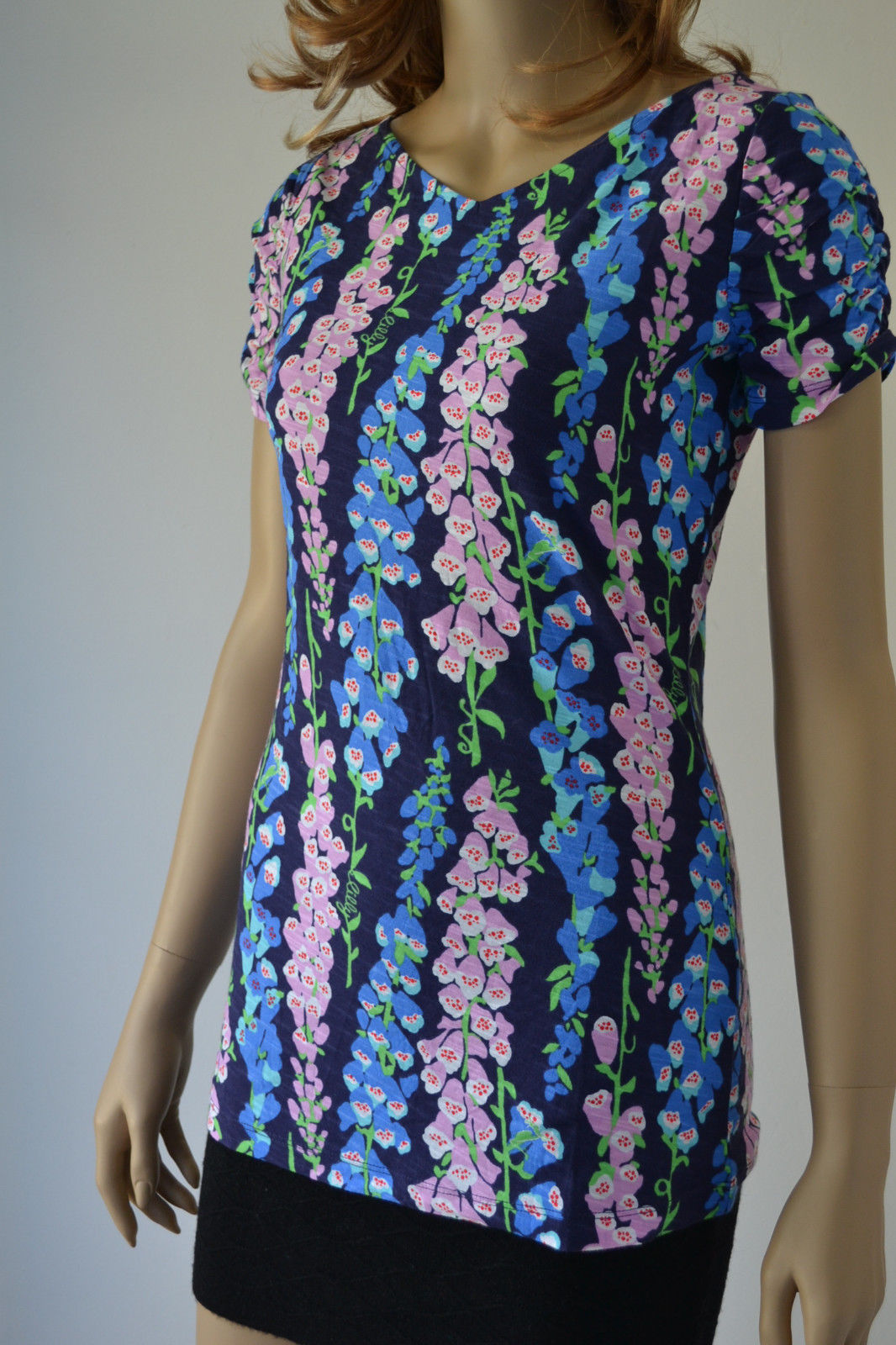 c155f3a8fb662d New Lilly Pulitzer Leila top printed Navy and 50 similar items