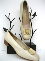 SALVATORE FERRAGAMO Shoes 7 B, beige leather with gancini gift buckle - $112.27 CAD