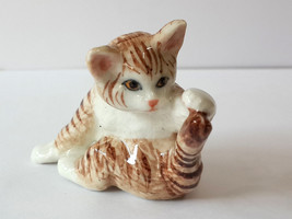 Handmade Dollhouse Miniatures Ceramic Porcelain Fat baby Tabby kitten Cat - $3.71