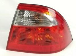 2002-2005 Saab 9-5 Sedan Passenger Side Taillight Tail light OEM Right 03 04 05  - $86.32