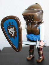 Playmobil Lion Knight  Bronze Blue Medieval Castle History Diorama - $2.97