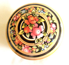 Wedgewood Bone China Clio Trinket Box/Made in England - $29.95