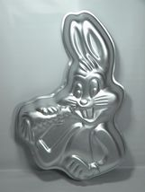 Wilton Bugs Bunny with Carrot Cake Pan (502-7598, 1978) Retired Warner Bros. Loo - $12.99