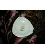DECORE LIMOGES Spain Pretty Vintage Hand Painted Ashtrays - $10.89