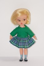 "Hasbro 1965 Susie Goes to School 4"" Dolly Darlings School Days Doll #8514 - $29.99"