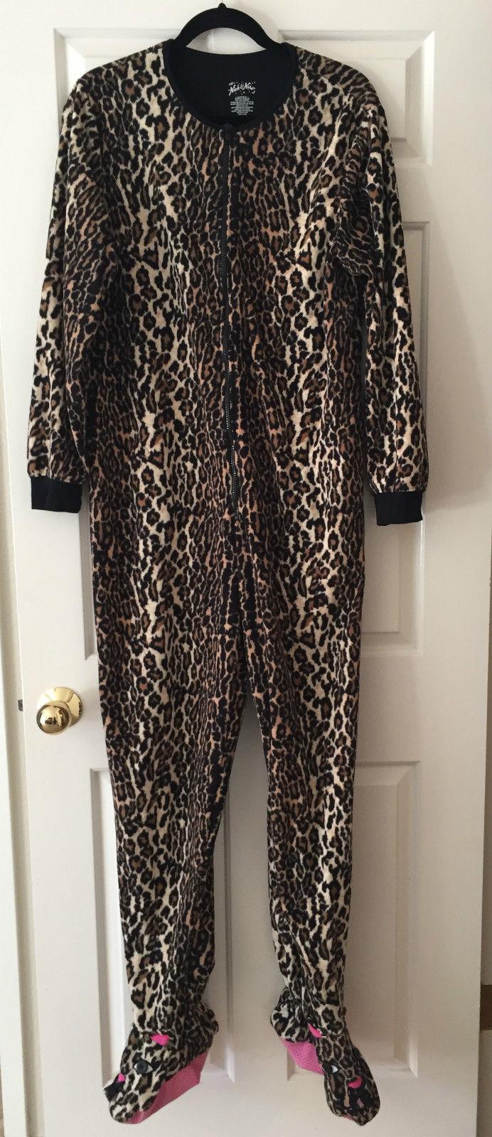 Nick & Nora Sleepwear Footed Pajamas Cheetah Leopard Print Size L Onsie