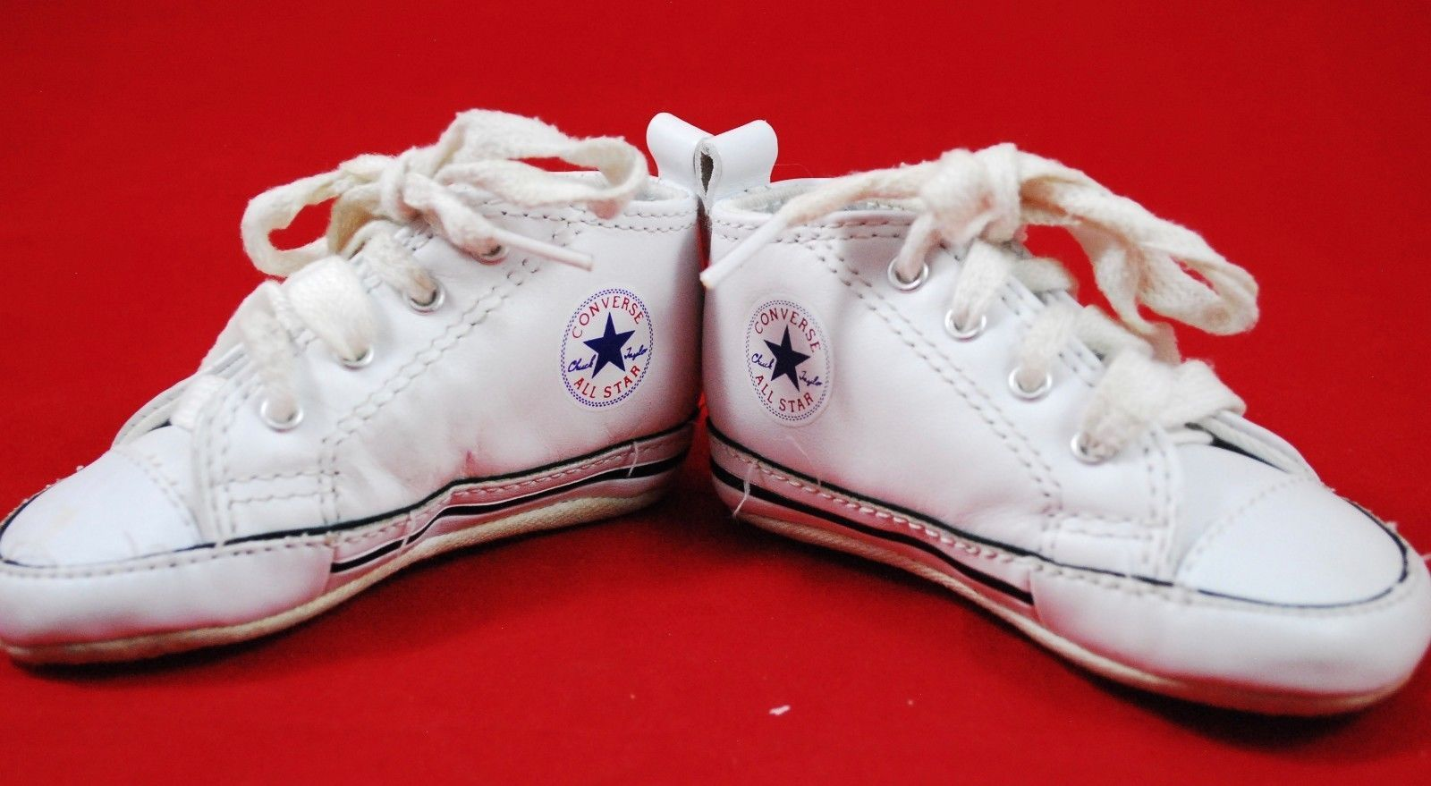 61e8f4607de Infant Baby CONVERSE Crib Shoes SIZE 3 White and 50 similar items. 57