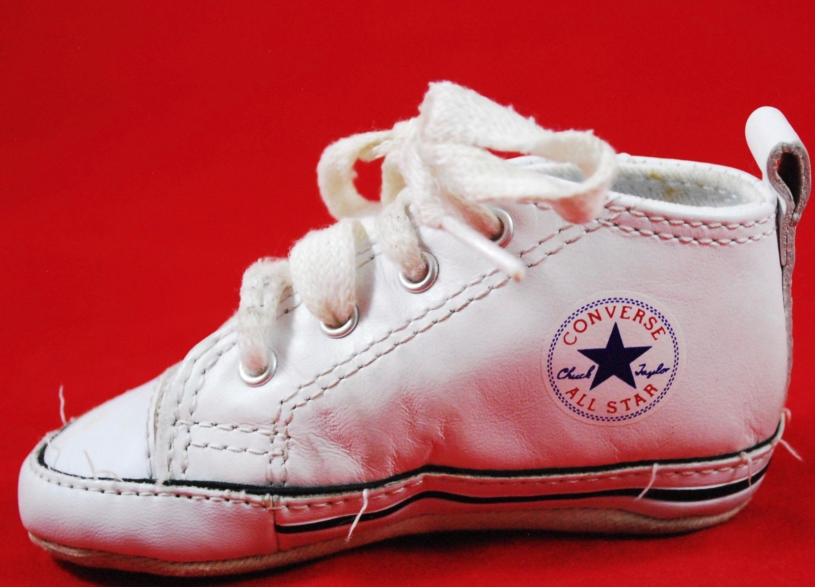 4aacd554d74822 Infant Baby CONVERSE Crib Shoes SIZE 3 White Vintage Style - Boy Girl -  Lace Up