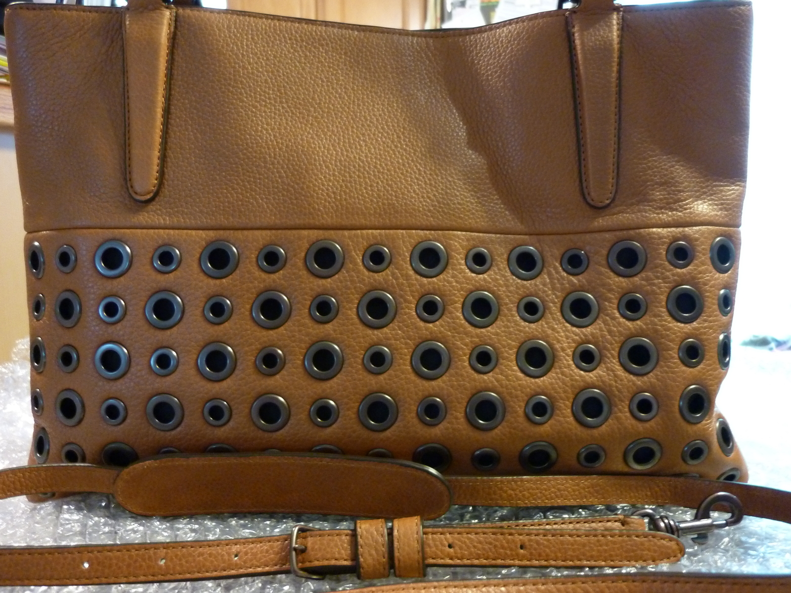 119dfcadb662 P1160890. P1160890. Previous. NWT COACH GROMMETS SOFT BOROUGH BAG IN PEBBLED  LEATHER TAN STYLE 32339