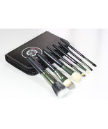 Travel Size MAC Hello Kitty Makeup Brush Set  - €35,60 EUR