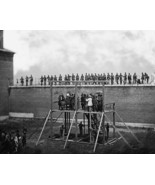 Lincoln Conspirators Being Hung 1865 Vintage 8x... - $20.20