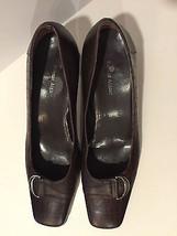 Etienne Aigner Women's Brown Leather Upper Low Heel Pump Shoes Size 10.5 M - $19.98