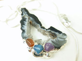 Agate geode druzy gemstone silver pendant white black swirls b68e1d3a thumb200