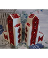 UKRAINIAN Salt and Pepper Shakers Set Collector Vintage Grain ELEVATORS  - $24.95