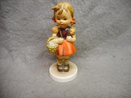 """VINTAGE GOEBEL M.J. HUMMEL SCOOL GIRL # 81 2/0 4 3/4"""" FULL BEE TMK 3 N/R - $9.99"""