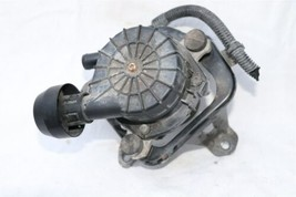 Toyota Tundra Tacoma Smog Pump Emissions Secondary Air Injection 17610-0c010 image 1