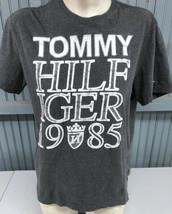 Tommy Hilfiger 1985 Medium Mens T-Shirt - $16.51
