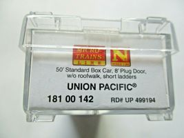 Micro-Trains # 18100142 Union Pacific 50' Standard Boxcar Plug Doors N-Scale image 5
