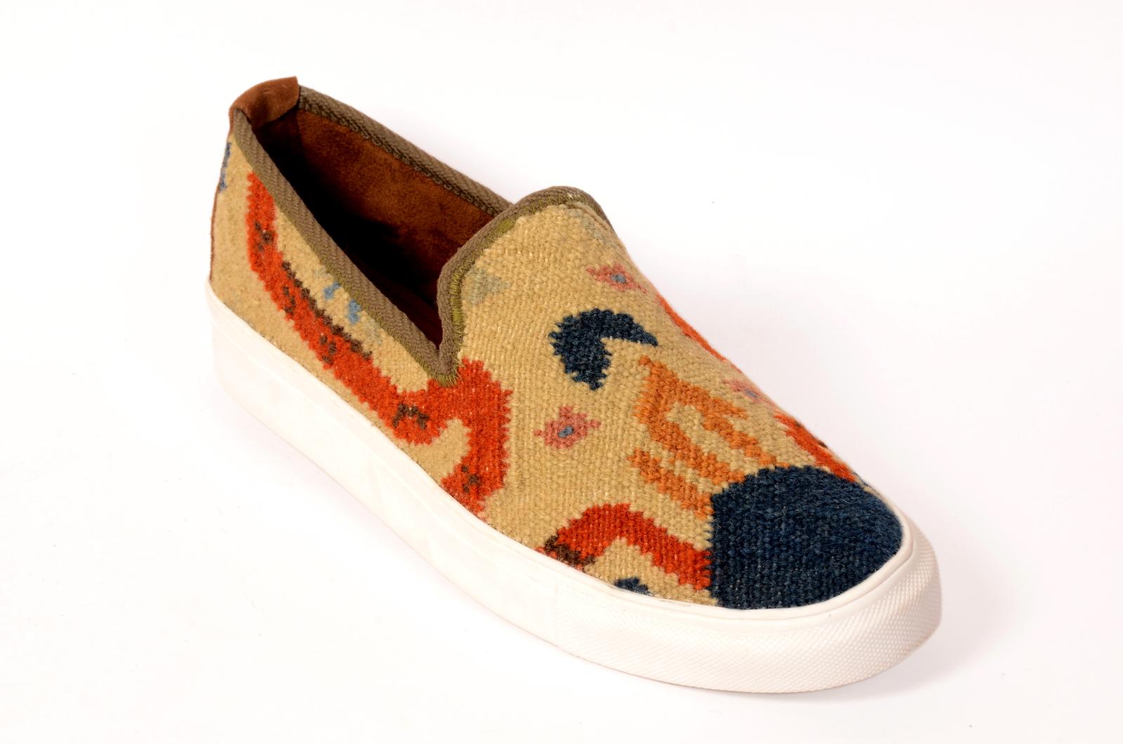 8d5eccfd2ed Handmade Kilim Shoes