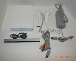 Nintendo WII Video Game System complete - $70.13