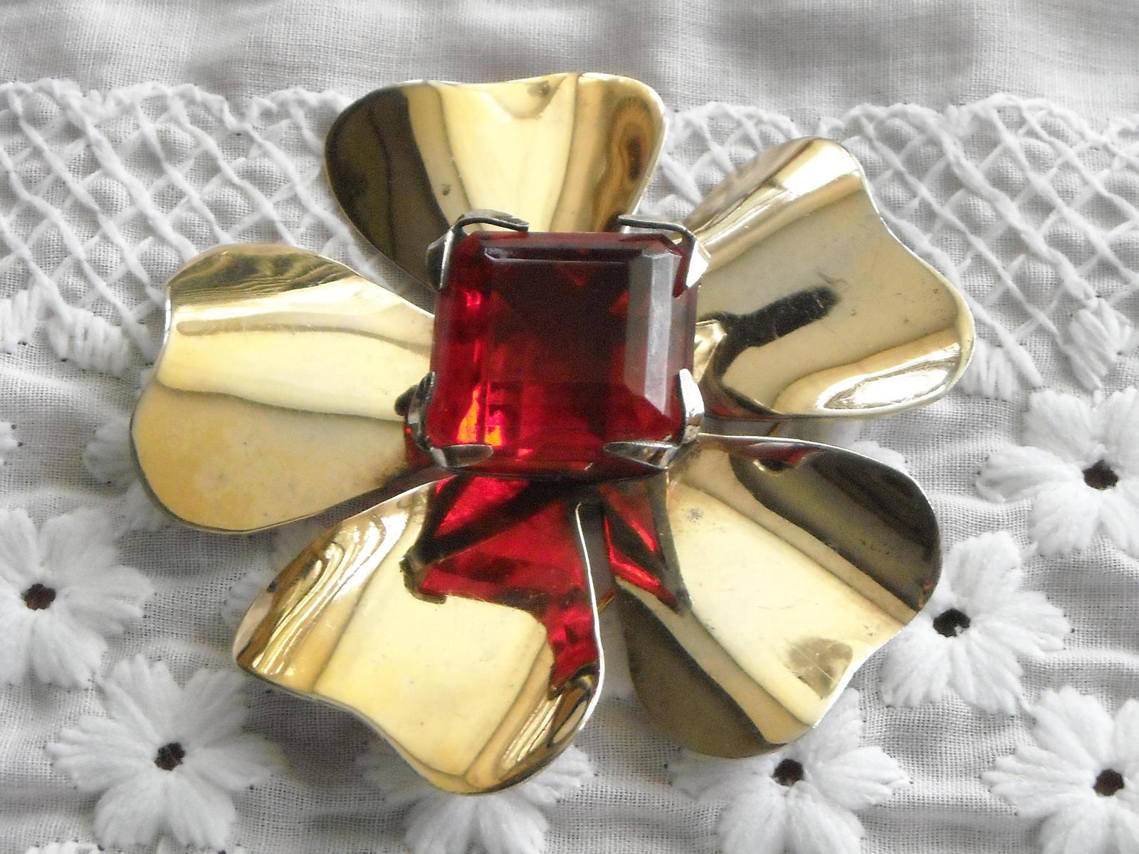 "Vintage Gold Tone Flower Brooch Large Square Faceted Red Gem Pronged 2.75"""