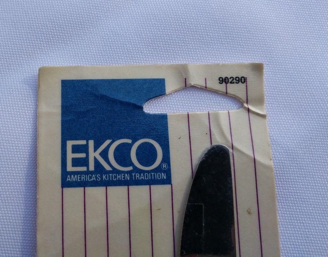 Vintage 1986 NEW EKCO Stainless Steel DINNER KNIFE Roses Kitchen Flatware 90290