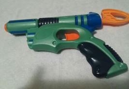 Nerf Tech Target Gun Eliminator Dart Pistol 2003 Pull Back -  Blue Green - £8.83 GBP