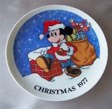 """1977 Disney Schmidt """"Mickey Special Delivery"""" 5th Ed. Christmas Collecto... - $49.99"""