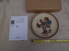 Hummel Collector Plate – Vintage 1973 Annual Plate, Globe Trotter, HUM 266 - $19.00