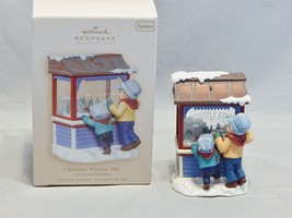 2007 Hallmark Christmas Window Ornament 5th in Series - $9.90