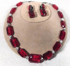 VINTAGE EMERALD SHAPE FAUX RUBY CHUNKY NECKLACE & MATCHING CLIP ON EARRINGS - $25.73