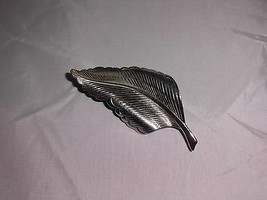 VTG  Large Silver Tone Leaf Pin Brooch  - $19.80