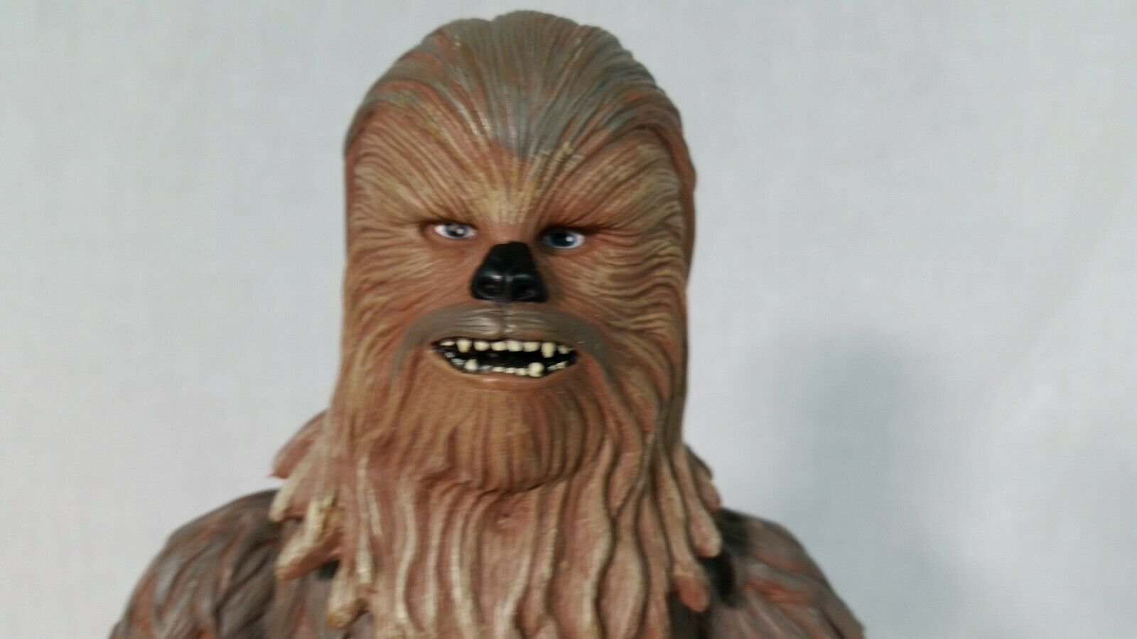 STAR WARS Chewbacca Action Figure, 14 Inch Tall - 2004 LFL Hasbro image 2
