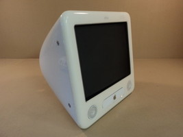 Apple eMac PowerMac 4 4 PowerPC G4 17in 700MHz 40GB Hard Drive EMC 1903 ... - $101.06